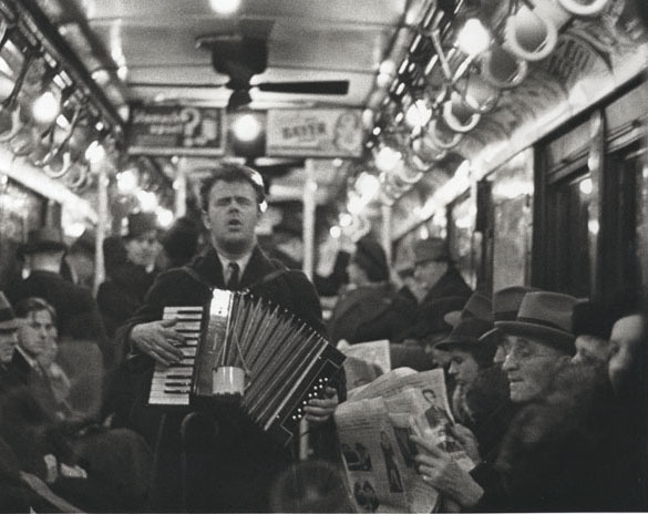 walker-evans-subway-passengers-1